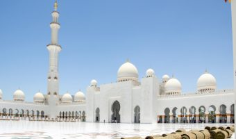 Sunny weather at the Sheikh Zayed Grand Mosque in Abu Dhabi